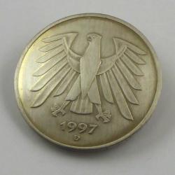 5 Deutsche Mark Brosche Handarbeit in Berlin produziert
