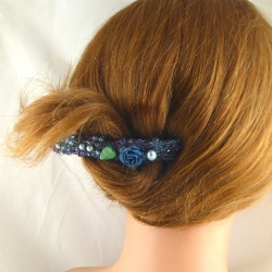 Gestrickte Haarspange groß Handarbeit in Berlin produziert