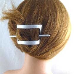 Sehr kleine viereckige Stab-Haarspange Bambusschliff Handarbeit in Berlin produziert
