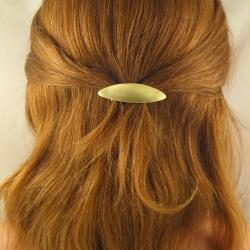 Sehr kleine ovale Messing-Haarspange Handarbeit in Berlin produziert